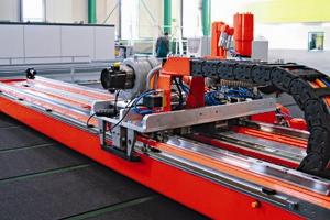 Hegla GmbH's glass cutting machine uses Bosch Rexroth's IndraDyn L linear motors