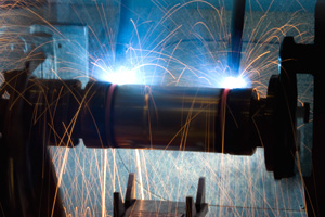 … and then permits welding of the catalyser body and flanges.