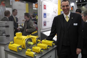 Just for show: Armin Glaser with yellow motors